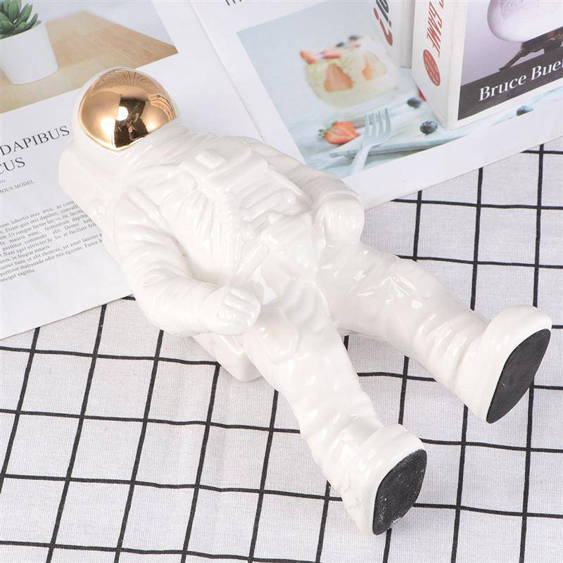 Astronaut Flower Pots
