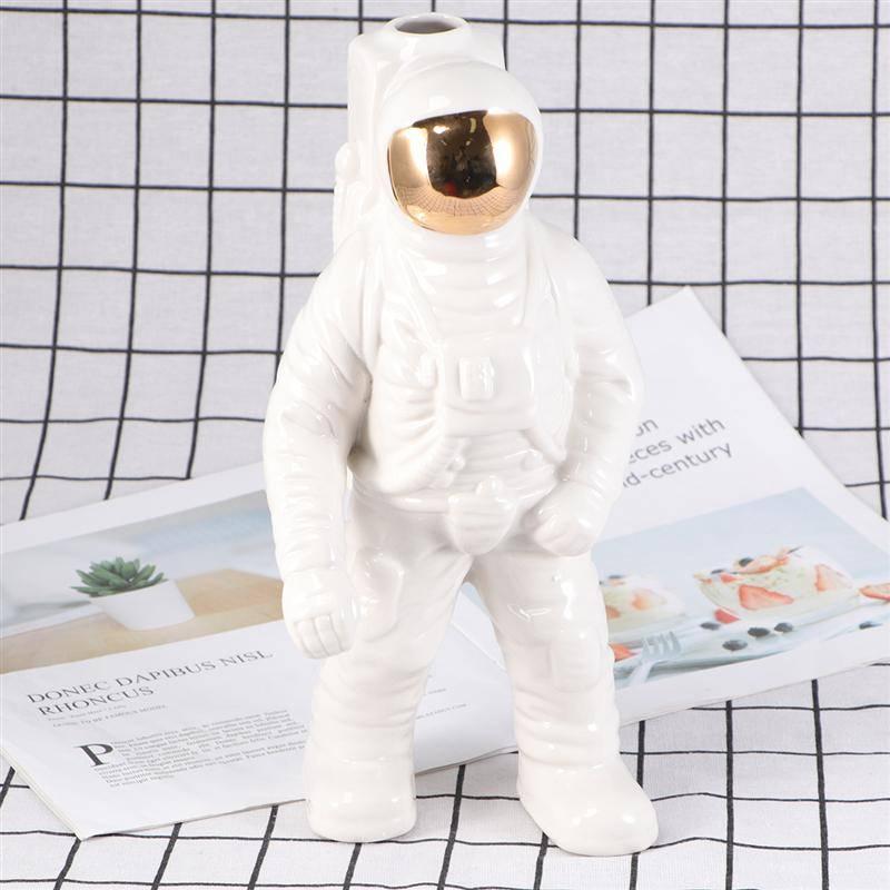 Hba814994bb4941219c77a45a0b4337a2K Creative Design Astronaut Flower Pots