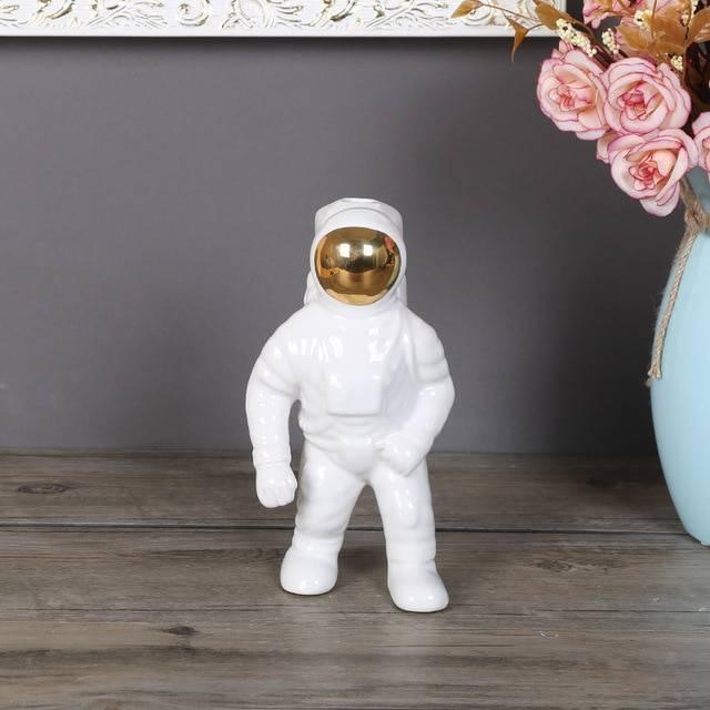 Space man sculpture astronaut fashion vase creative rocket ...